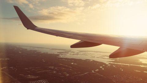 Come risparmiare sui prezzi dei biglietti aerei